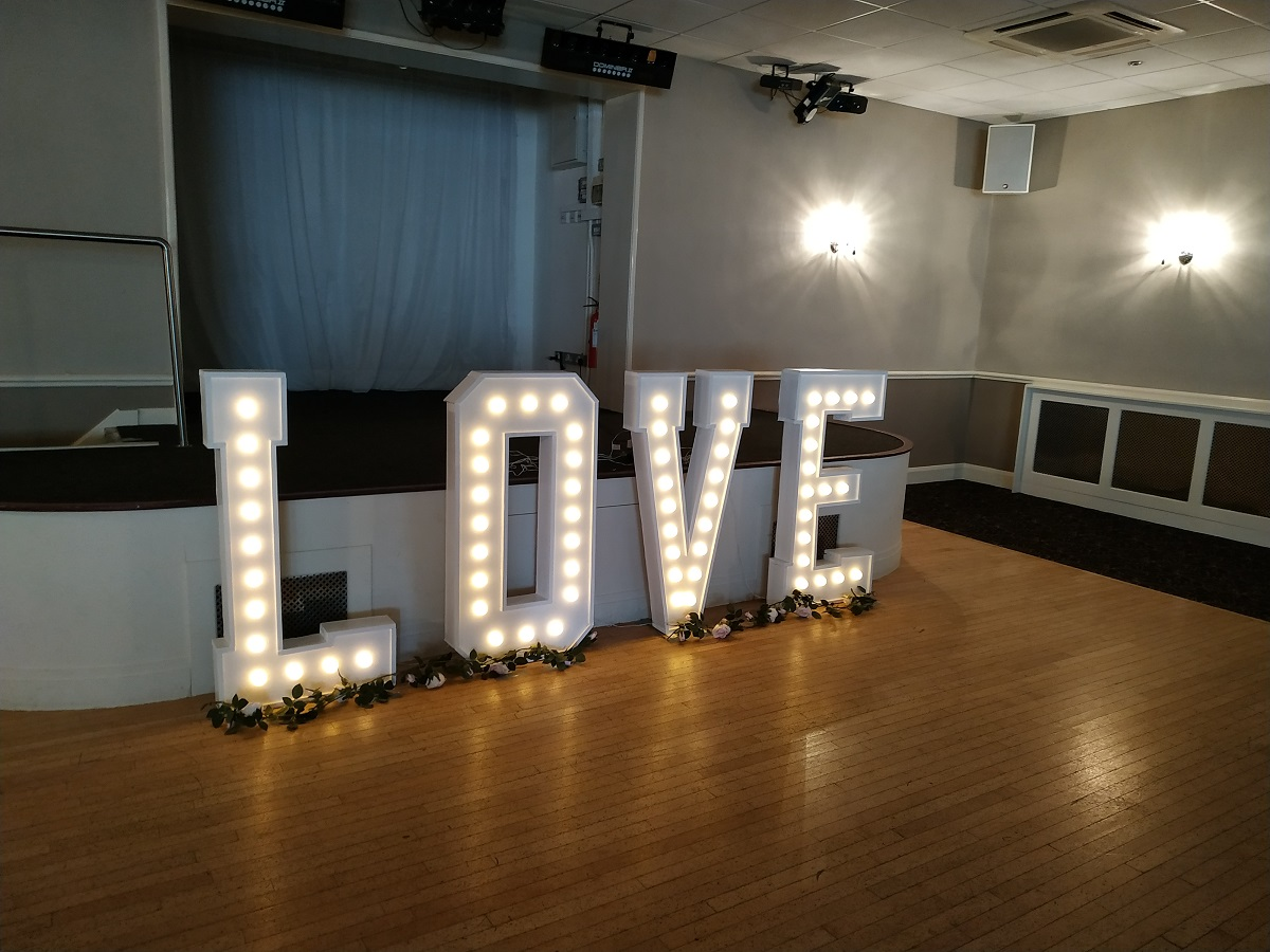 LIGHT UP WEDDING SIGNS